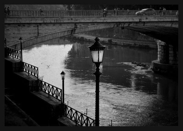 Tiber River Street Light Poster